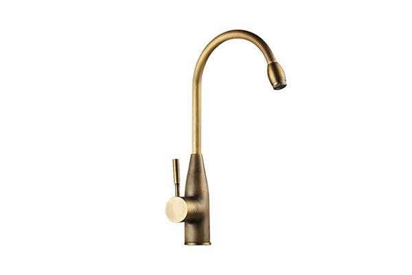 Vòi rửa bát bằng đồng GCC01