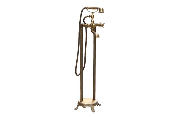 Vòi sen đặt sàn cho bồn tắm GCS09