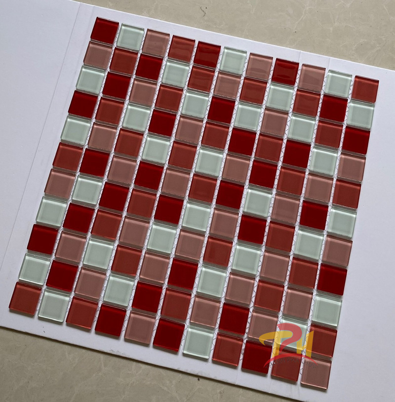 gach mosaic 30x30 tim trang