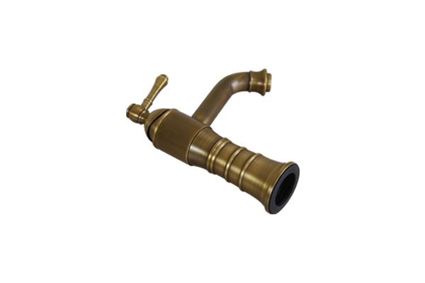 Vòi nước lavabo âm bàn GCV13